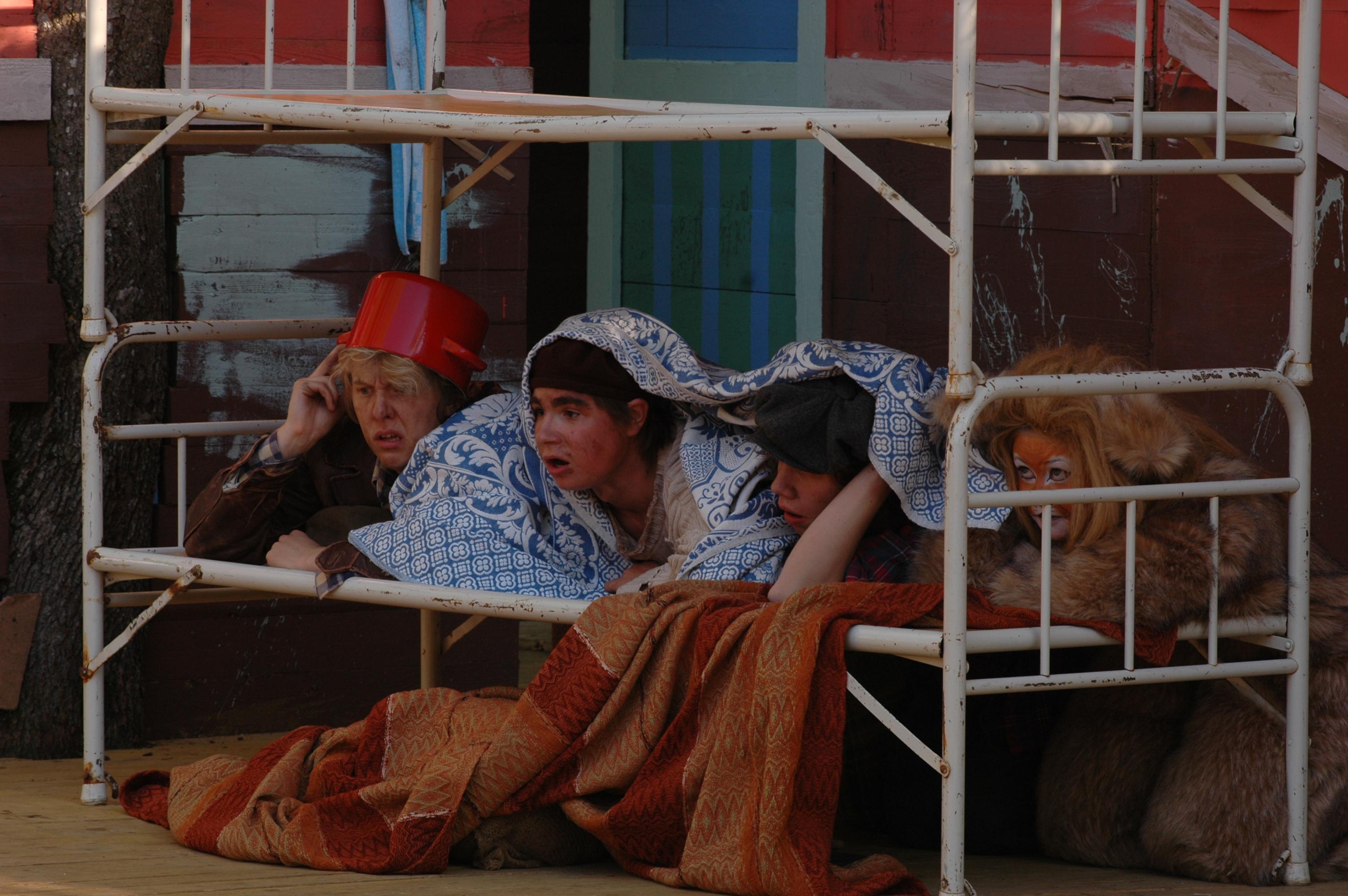 OHJAUS - Folk och rövare i kamomilla stad 2008. Photo Bobo Lundén